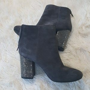 Kenneth Cole reaction size 6 carlyn booties